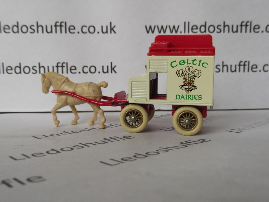 DG02004, Horse Drawn Milk Float, Celtic Dairies