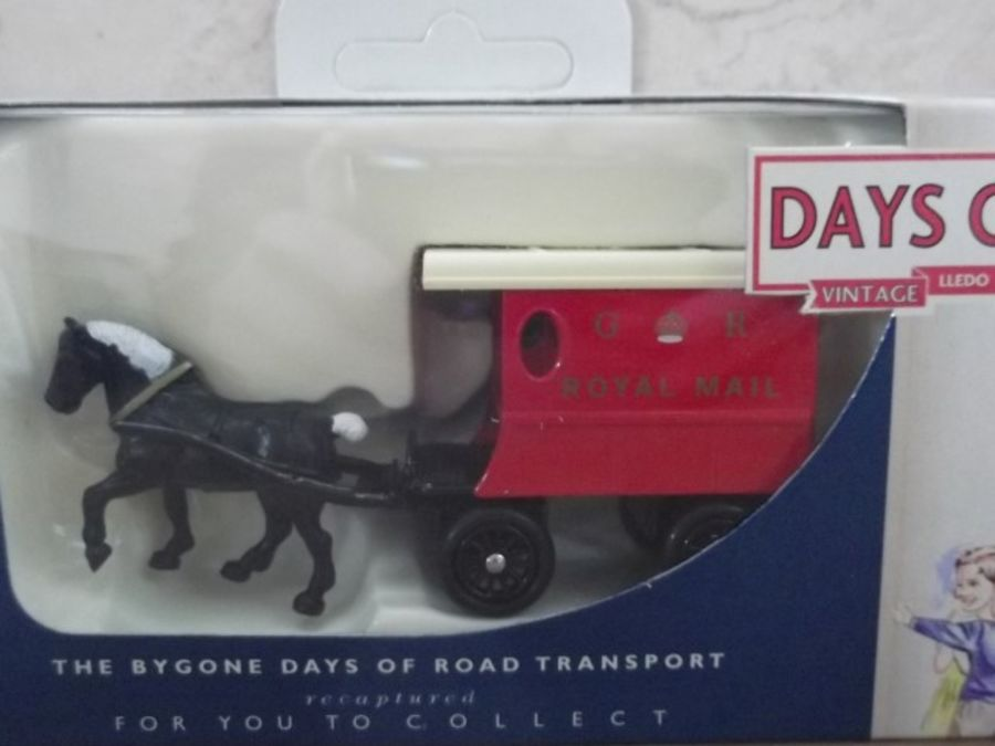 DG03019, Horse Drawn Delivery Van, Royal Mail GR