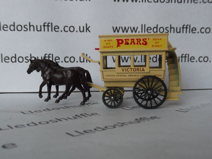DG04005b, Horse Drawn Omnibus, Pears Soap