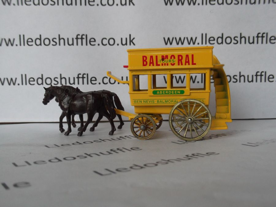 DG04009, Horse Drawn Omnibus, Balmoral Tours