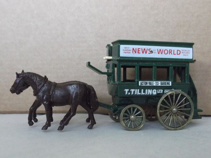 DG04011, Horse Drawn Omnibus, Thomas Tilling, News of the World