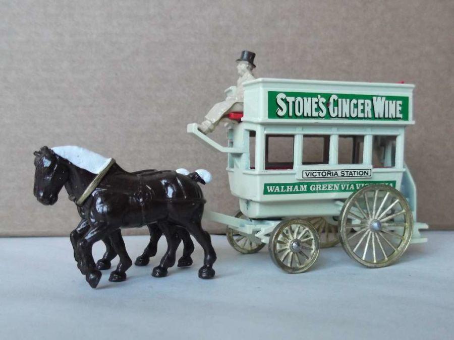 DG04013, Horse Drawn Omnibus, Stones Ginger Wine
