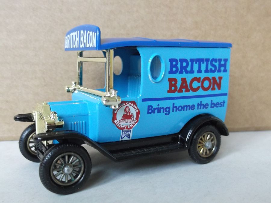 DG06014, Model T Ford Van, British Bacon, Certificated Model