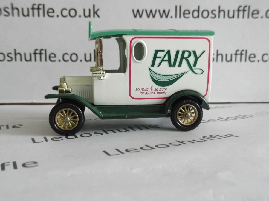 DG06061, Model T Ford Van, Fairy Soap