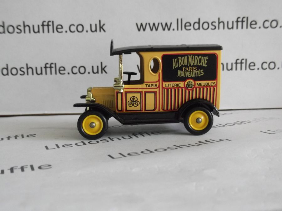 DG06088, Model T Ford Van, Au Bon Marche, Paris