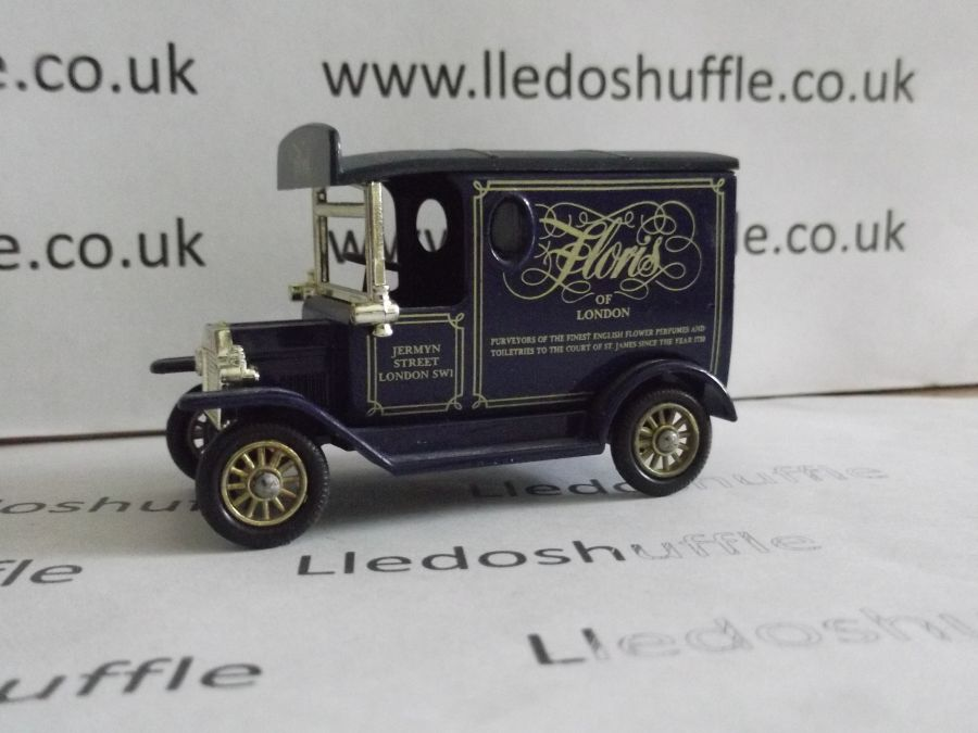 DG06116, Model T Ford Van, Floris Toiletries