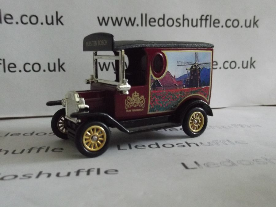 DG06130, Model T Ford Van, Huis Ten Bosch (burgundy)