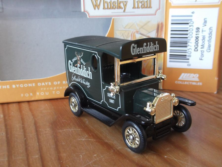 DG06159, Model T Ford Van, Glenfiddich