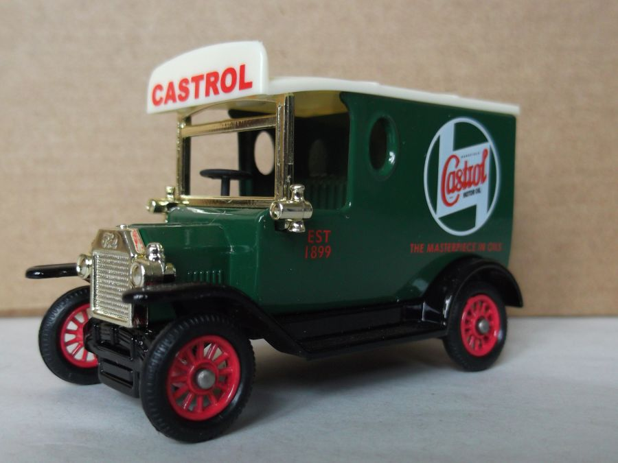 DG06164, Model T Ford Van, Castrol