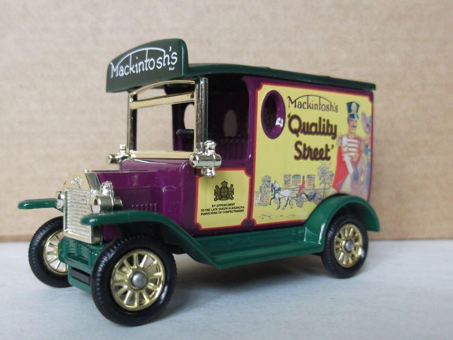 DG06166, Model T Ford Van, Mackintosh's Quality Street