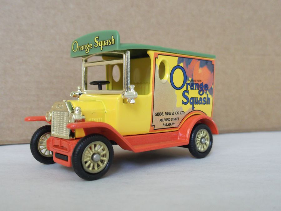 DG06189, Model T Ford Van, Orange Squash