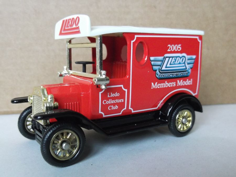 DG06201, Model T Ford Van, Club Members Model 2005