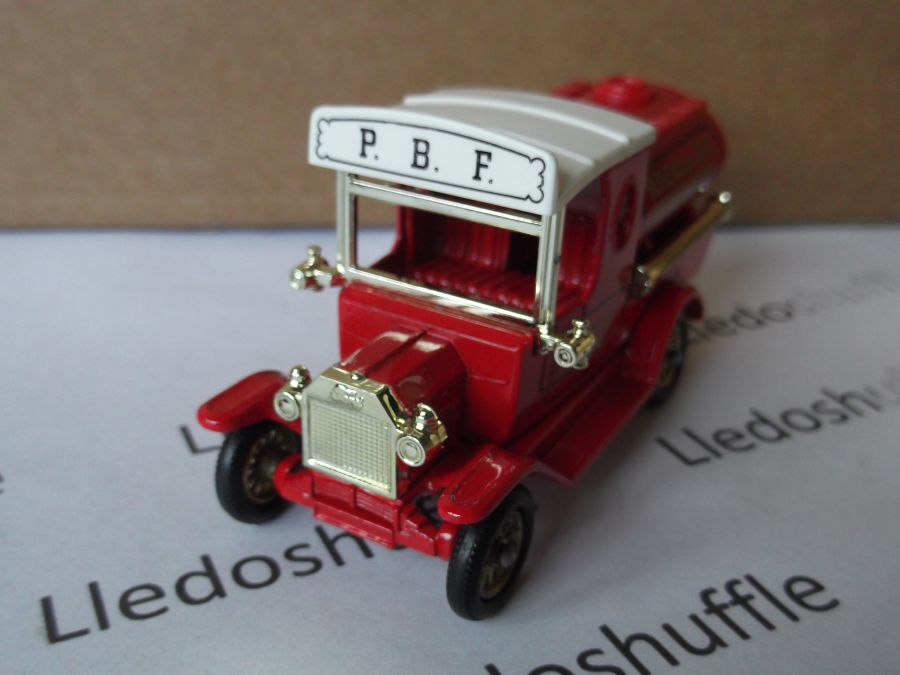 DG08003a, Model T Ford Tanker, PBF Bureau of Fire Service, ABA