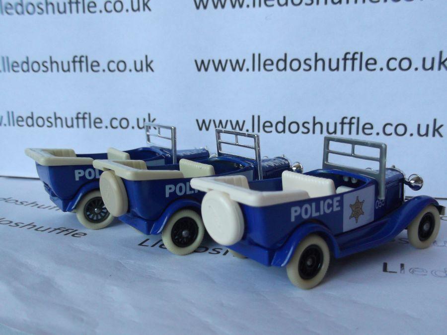 DG09000, Ford A Car, Police