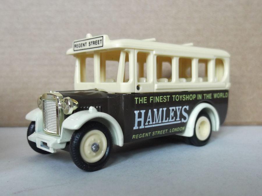 DG10009, Dennis Single Deck Coach, Hamleys Toyshop