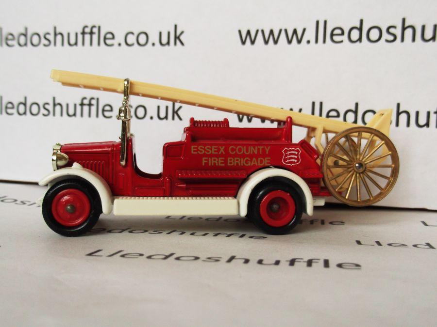 DG12007, Dennis Fire Engine, Essex County Fire Brigade