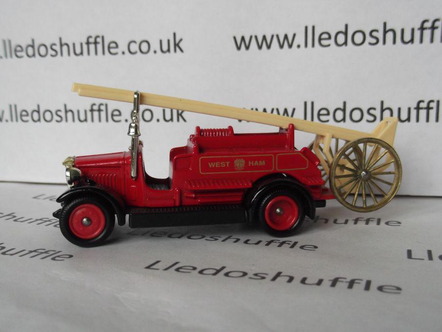 DG12016, Dennis Fire Engine, West Ham Fire Brigade
