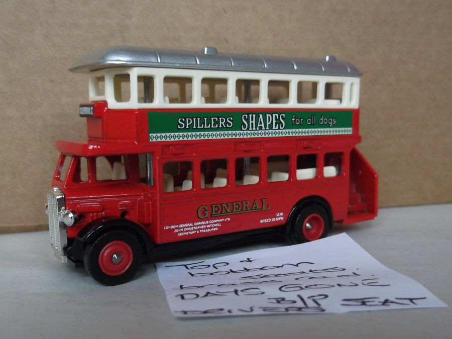 DG15039, AEC Regent Bus, Spillers Shapes