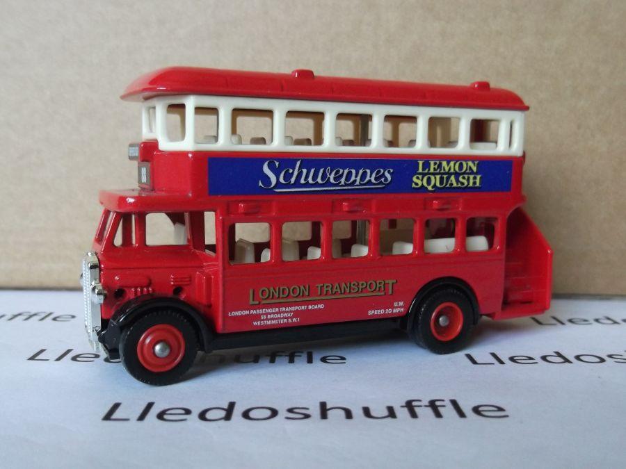 DG15041, AEC Regent Bus, Schweppes Lemon Squash