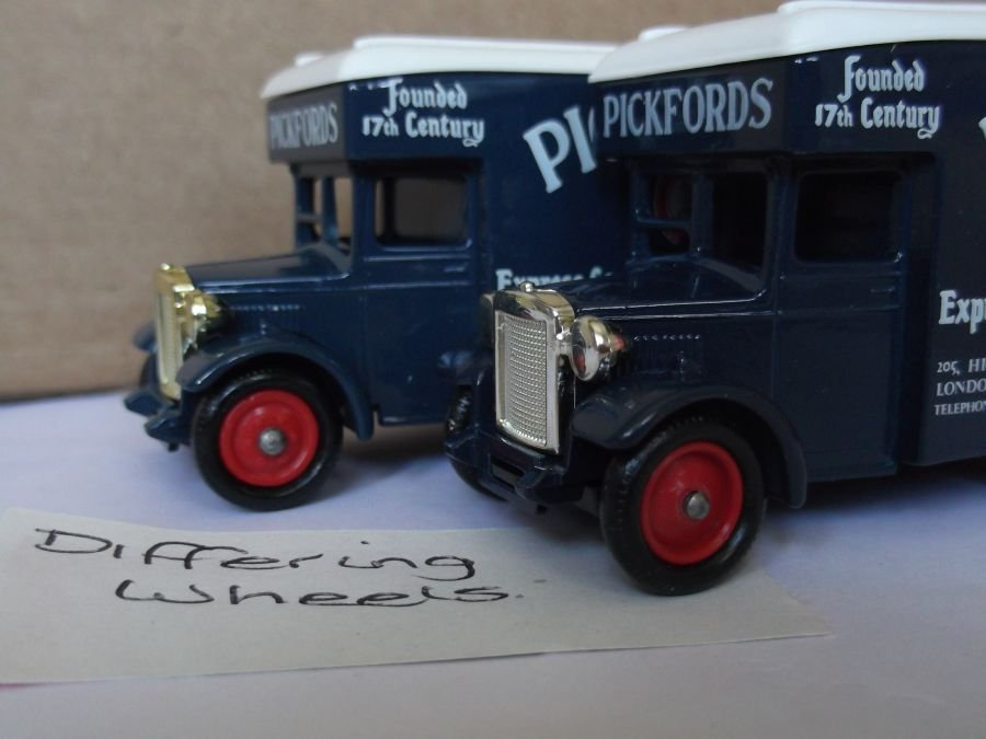 DG16014, Dennis Parcels Van, Pickfords