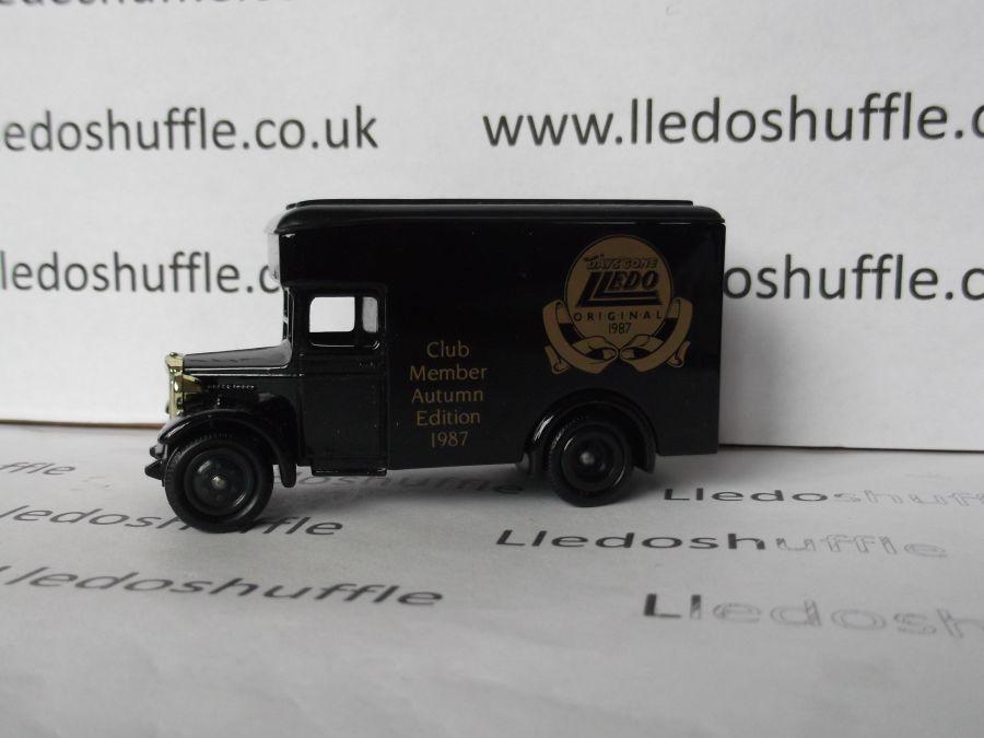 DG16015, Dennis Parcels Van, Club Member Edition Autumn 1987