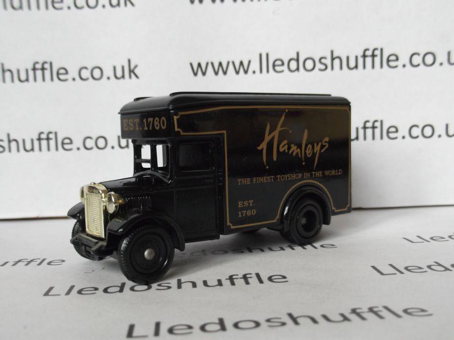 DG16016, Dennis Parcels Van, Hamleys