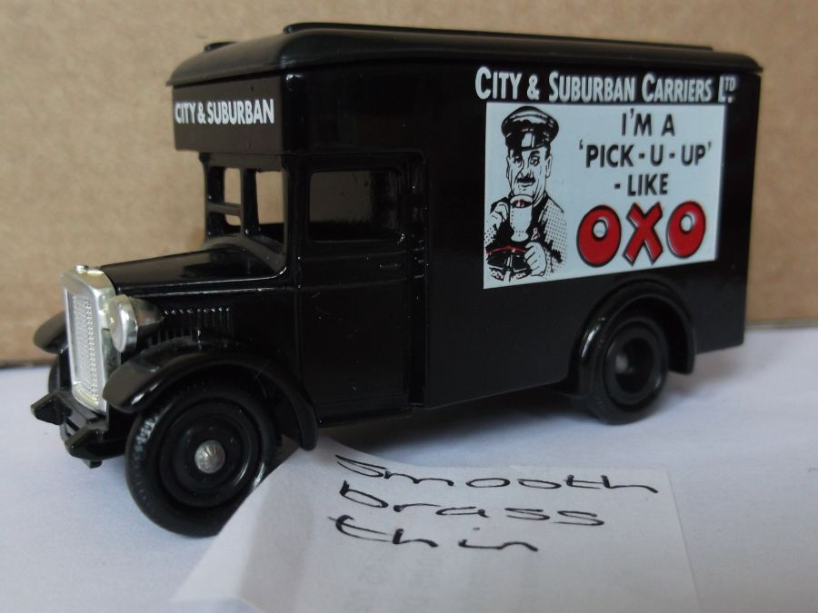 DG16023, Dennis Parcels Van, Oxo, City & Suburban Carriers