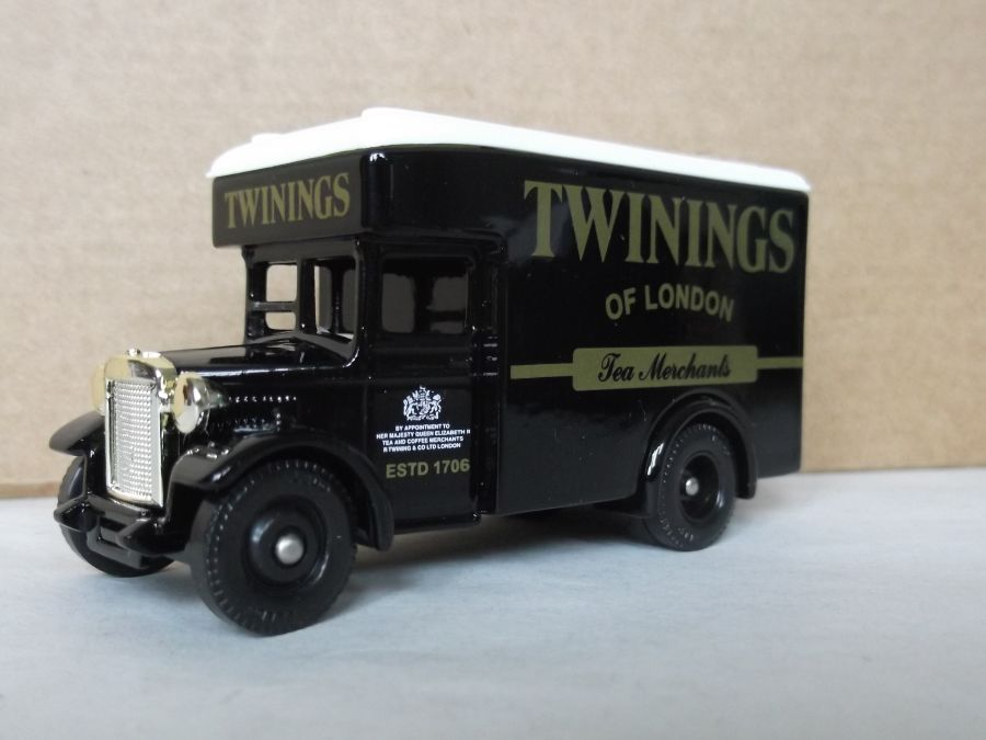DG16040, Dennis Parcels Van, Twinings Tea Merchants