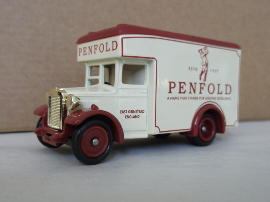 DG16043, Dennis Parcels Van, Penfold Golf