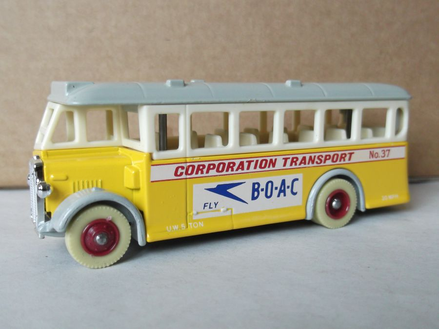 DG17002, AEC Regal Coach, BOAC Corporation Transport