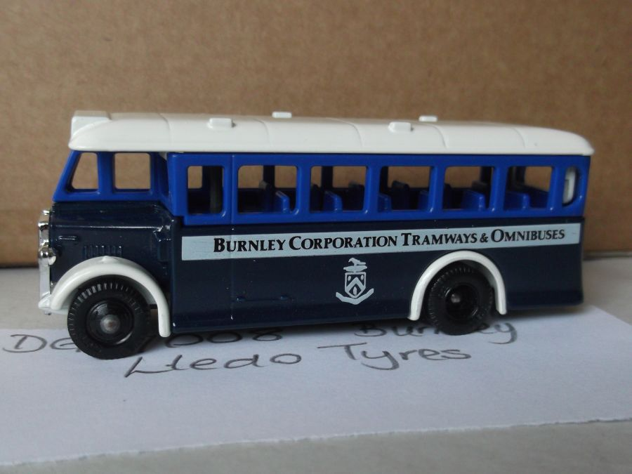 DG17008, AEC Regal Coach, Burnley Corporation Tramways