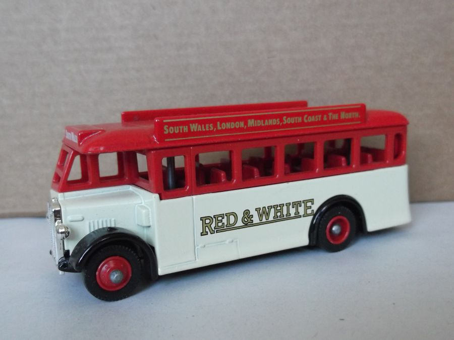 DG17019, AEC Regal Coach, Red & White Coach Co.