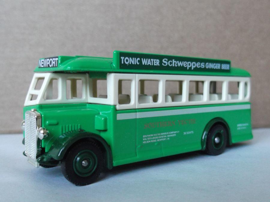 DG17021, AEC Regal Coach, Southern Vectis / Schweppes
