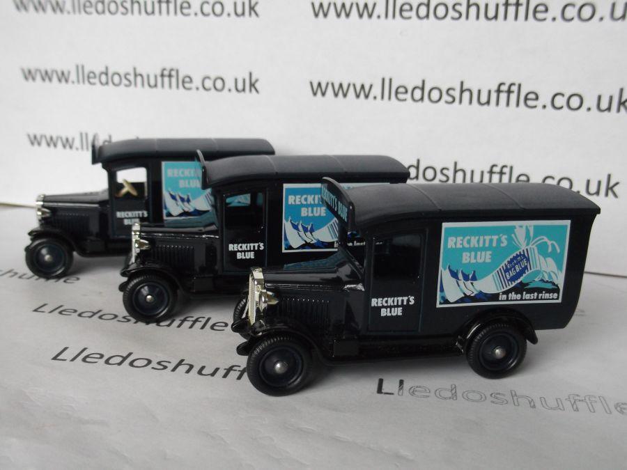 DG21018, Chevrolet Van, Reckitts Blue