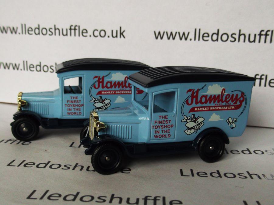 DG21026, Chevrolet Van, Hamleys