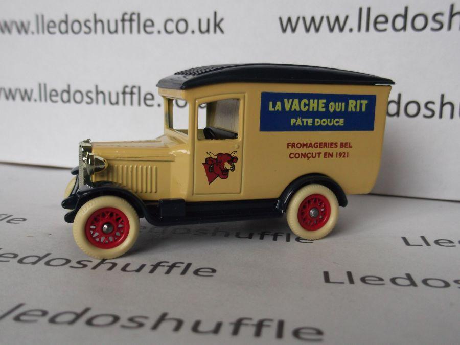 DG21048, Chevrolet Van, La Vache Qui Rit Cheese