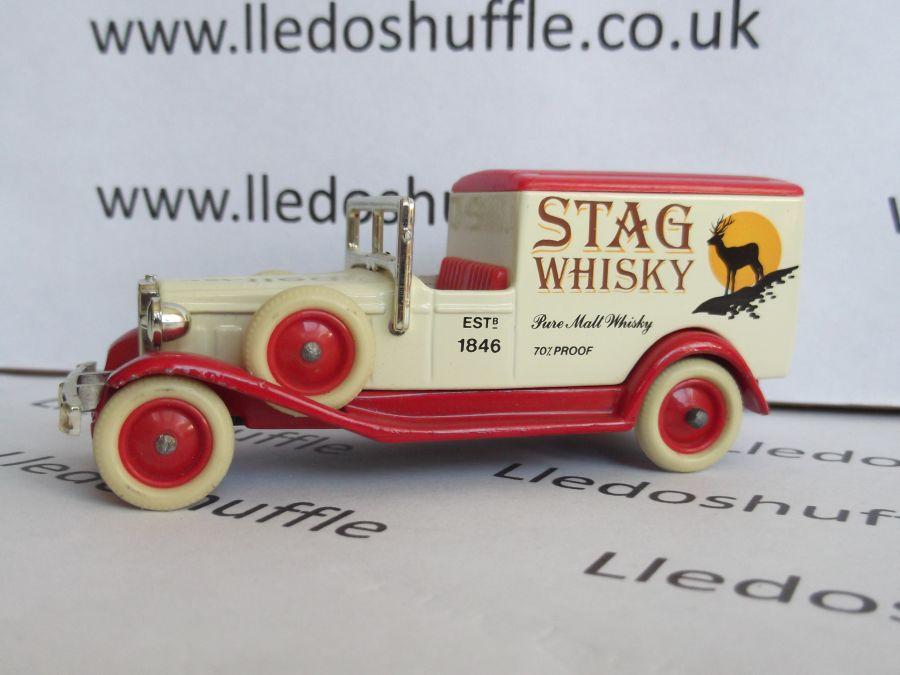 DG22000, Packard Town Van, Stag Whisky