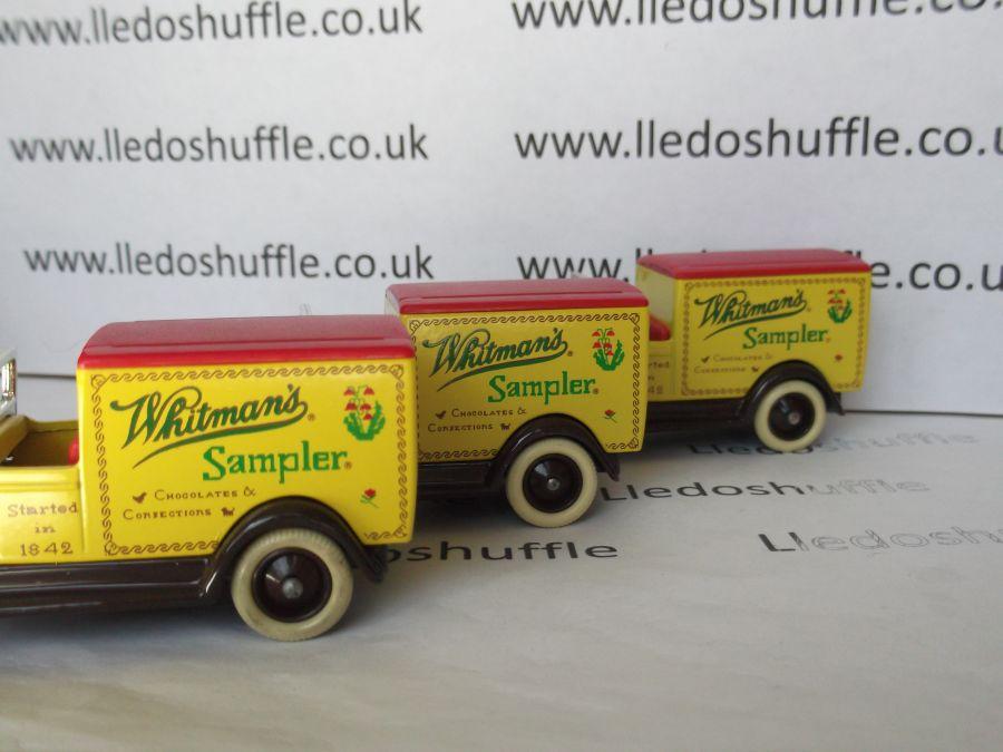 DG22003, Packard Town Van, Whitmans Sampler
