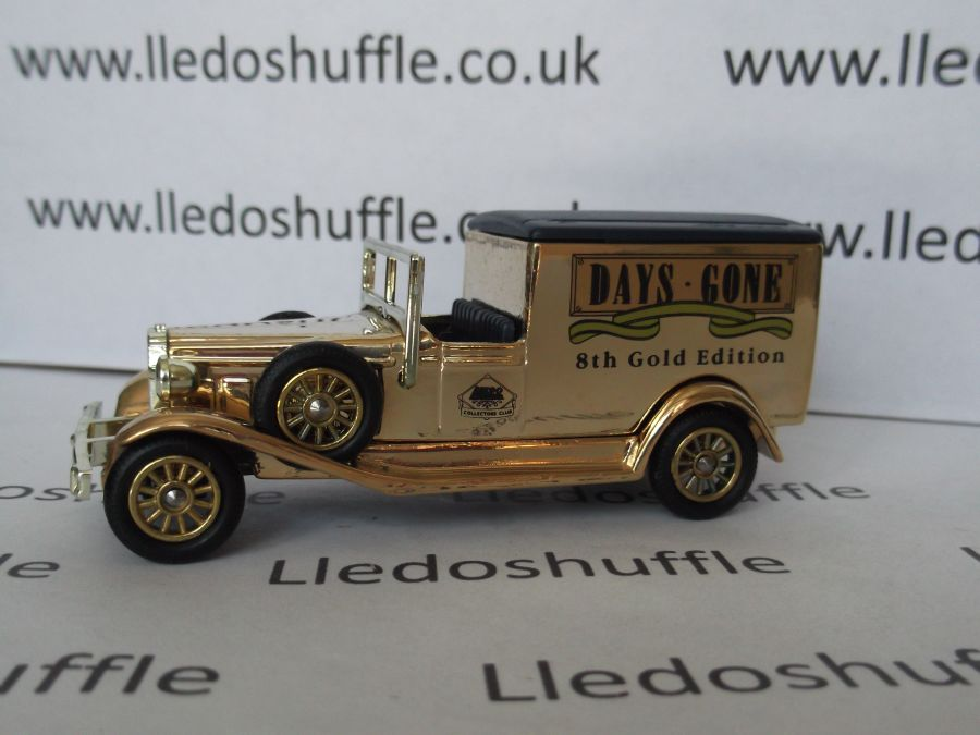DG22013, Packard Town Van, 8th Gold Edition