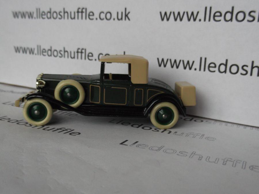 DG24005, Rolls Royce Playboy Brewster, Dark Green with Coach Lines