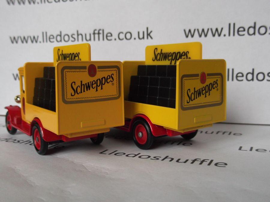 DG26000b, Chevrolet Delivery Vehicle, Schweppes (Red Chassis)