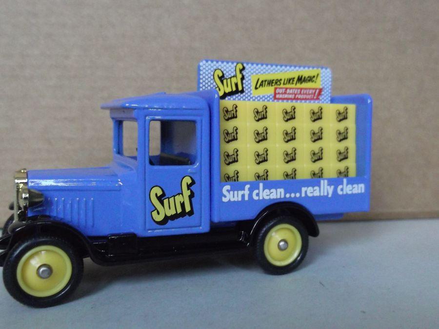 DG26020, Chevrolet Delivery Vehicle, Surf