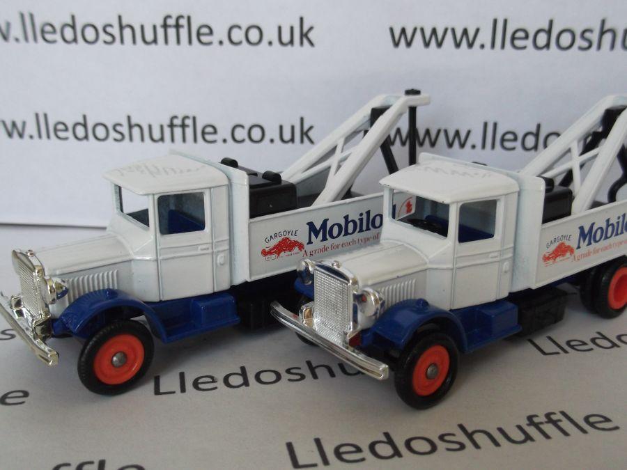 DG27003, Mack Breakdown Truck, Mobiloil