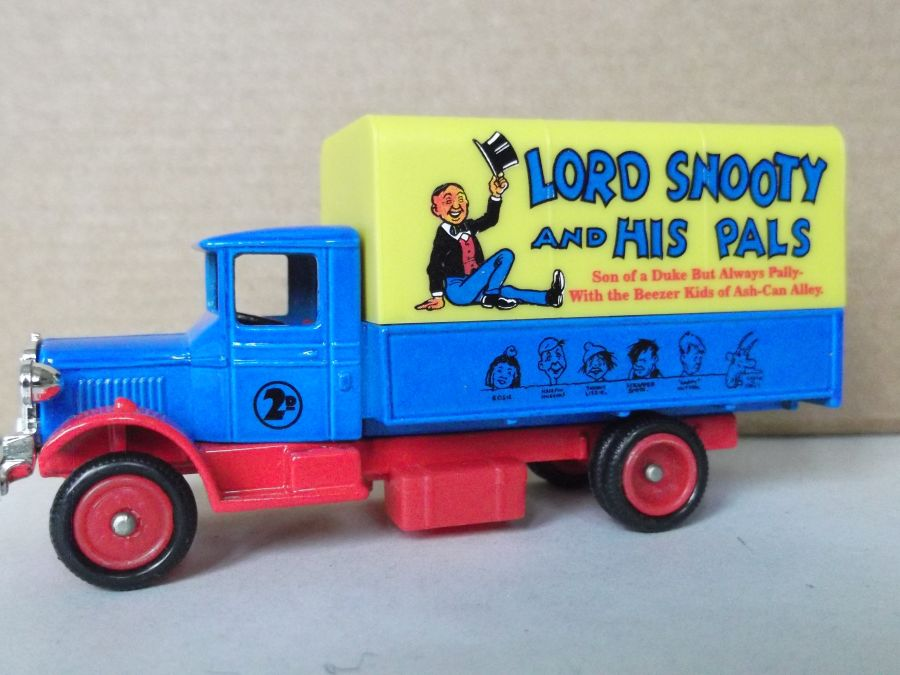 DG28038, Mack Canvas Back Truck, Lord Snooty