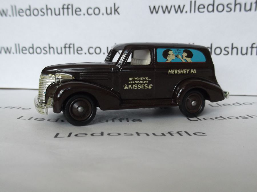 DG30007, Chevrolet Sedan Delivery Van, Hersheys Kisses