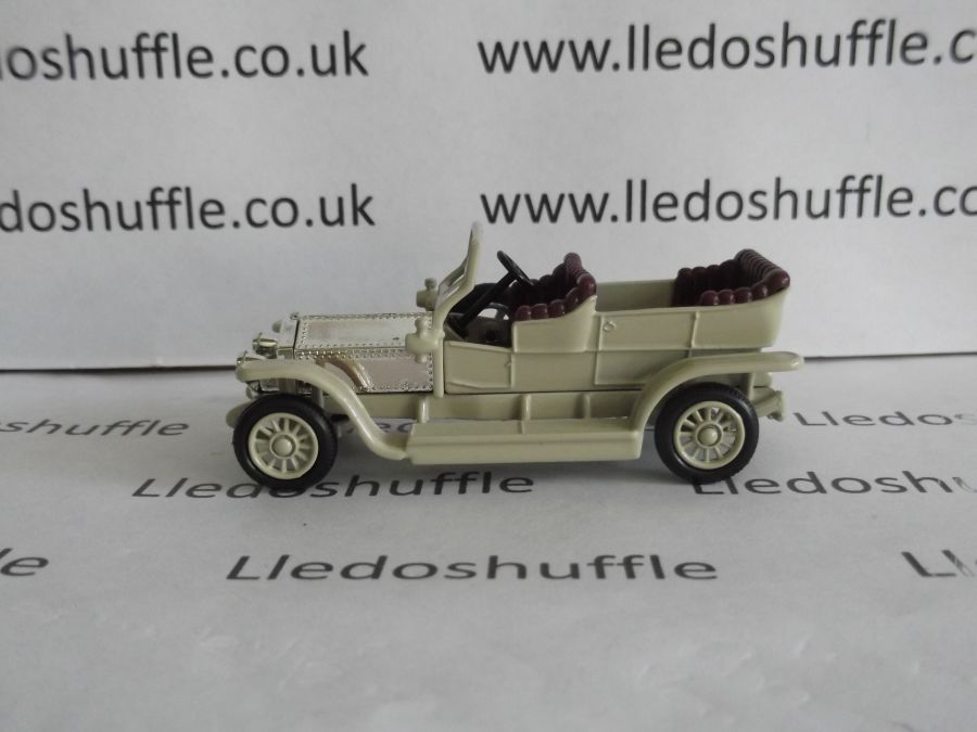 DG32010, Rolls Royce Silver Ghost, Beige and Chrome