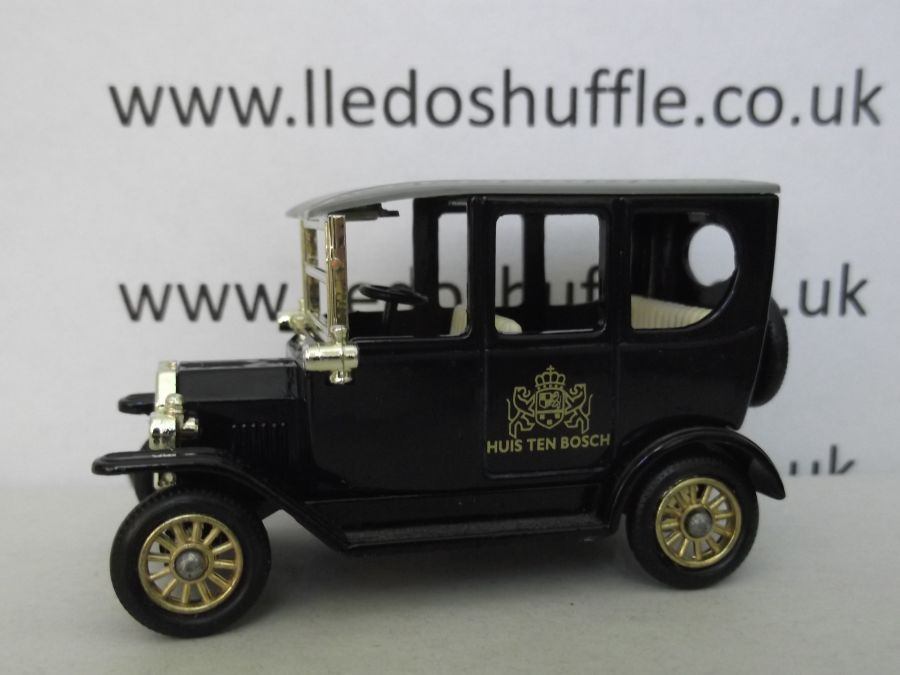 DG33011, Model T Ford Car,  Huis Ten Bosch, Navy Blue