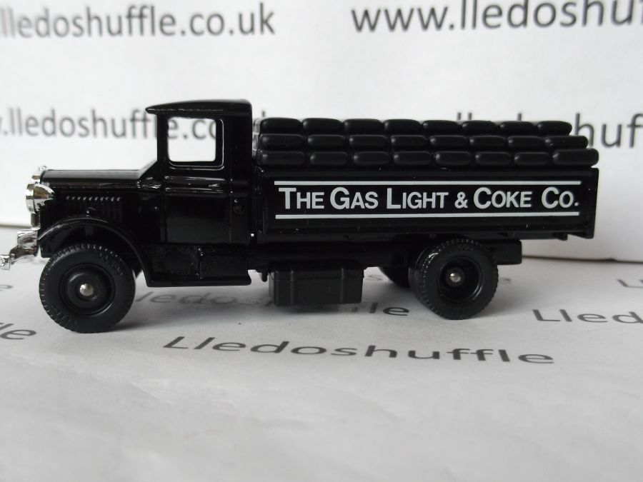 DG39002, Mack Sack Truck, The Gas Light & Coke Co