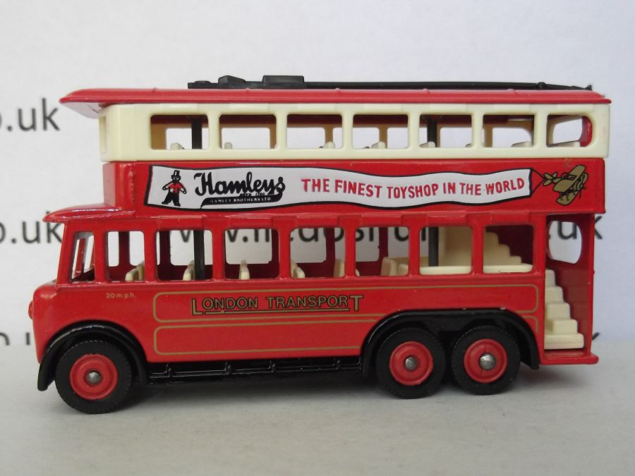 DG41002, Karrier E6 Trolley Bus, London Transport / Hamleys