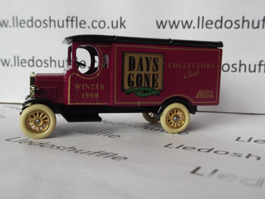 DG43003, Morris Van, Club Model, Winter 1990/91